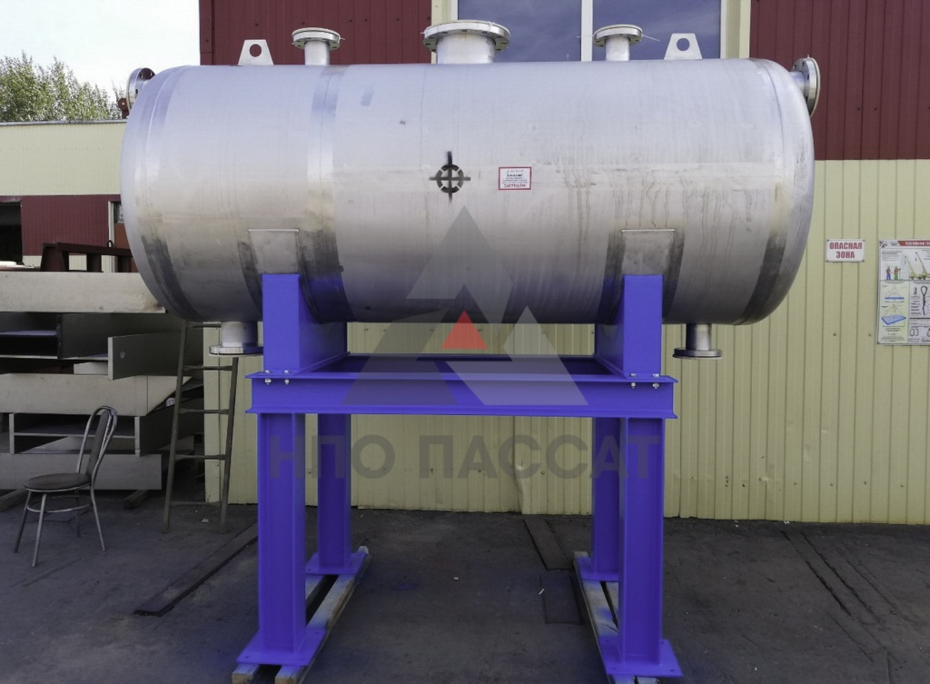 Atmospheric glycol tank3-2.jpg